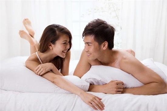 Có bận rộn đến mấy, các cặp đôi cũng không nên bỏ qua 4 'thời điểm vàng' này để ân ái - Ảnh 1