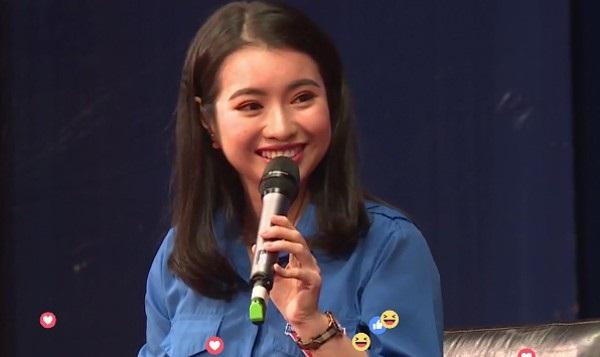 Nữ Sinh được ngồi cạnh tỷ phú Jack Ma khiến nhiều người ngỡ ngàng