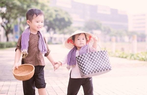Bà xã Lý Hải sung sướng 'muốn vỡ tim' khi nhận quà 'độc' từ con trai 6 tuổi - Ảnh 3