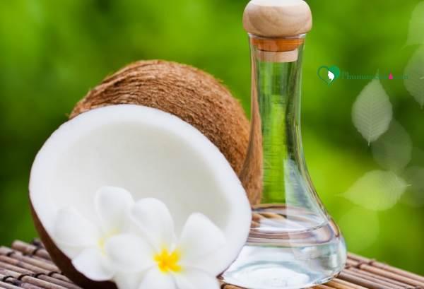 Công dụng của dầu dừa trong việc làm đẹp bạn nên biết - Ảnh 1