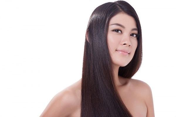 Nước đậu đen rang giúp tóc mọc dày, mượt
