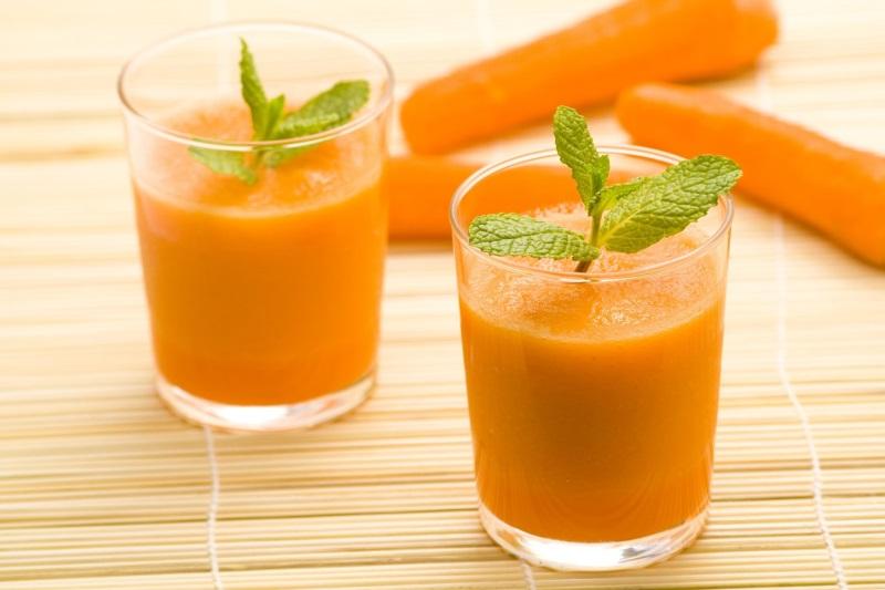 Uống nước dừa theo cách này mỗi ngày để thanh lọc độc tố giúp da trắng mịn, trẻ trung - Ảnh 1
