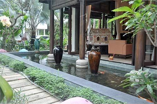 Gia đình Hà Kiều Anh vận dụng phong thủy tận dụng dòng nước khi xây nhà