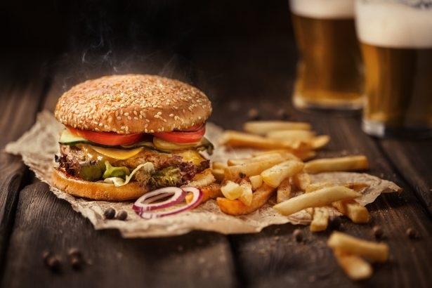 Thèm ăn: Dấu hiệu cảnh báo sức khỏe đang gặp nguy hiểm - Ảnh 5