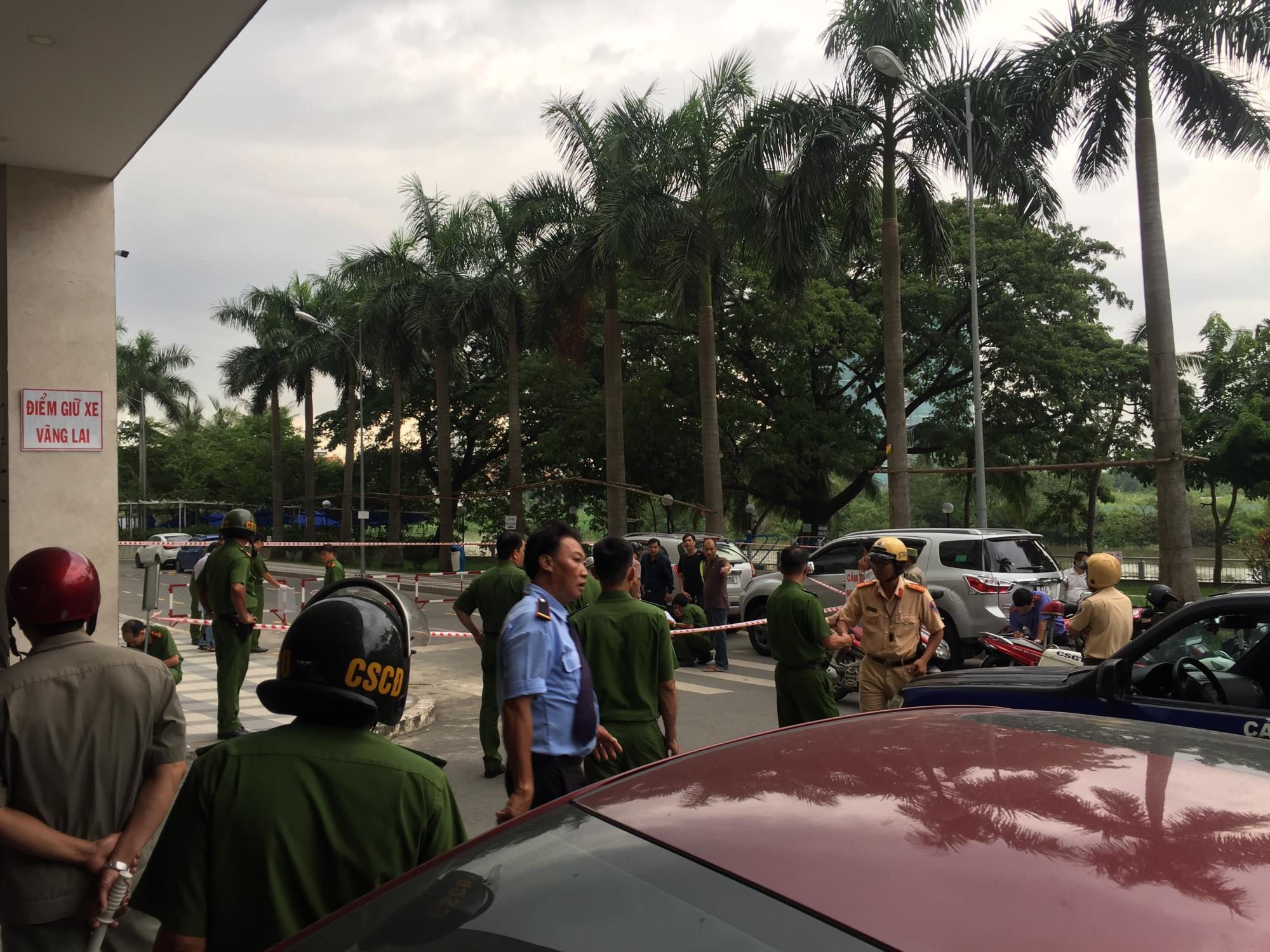 Một quản lý chung cư ở Sài Gòn bị đâm chết nghi mâu thuẫn tình cảm - Ảnh 1