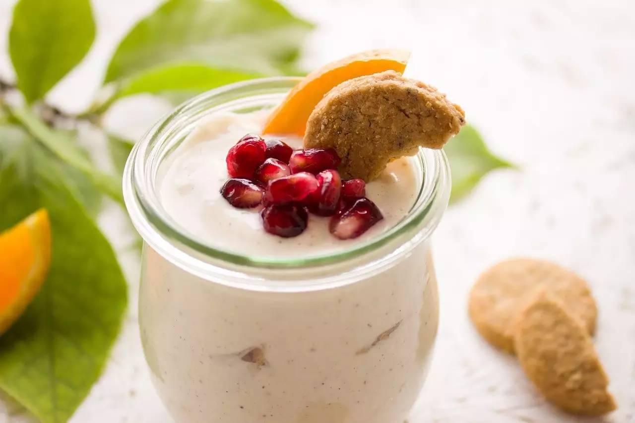 Hương vị sữa chua nên được tạo bởi trái cây tự nhiên là tốt nhất