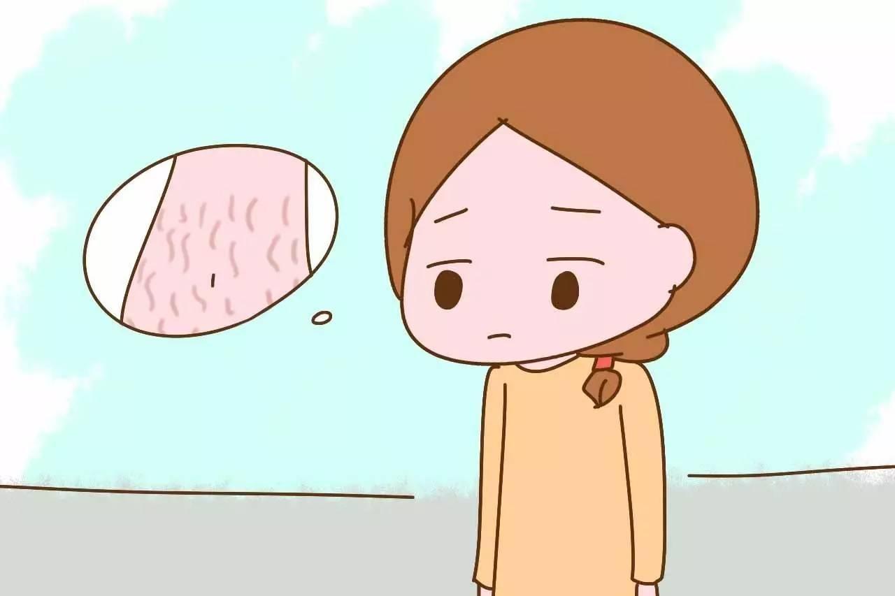 Vết rạn và sẹo ở bụng sau sinh luôn khiến mẹ trăn trở, buồn phiền
