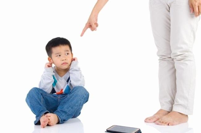 Những lời phủ định luôn trẻ sẽ mang lại ám thị tâm lý tiêu cực