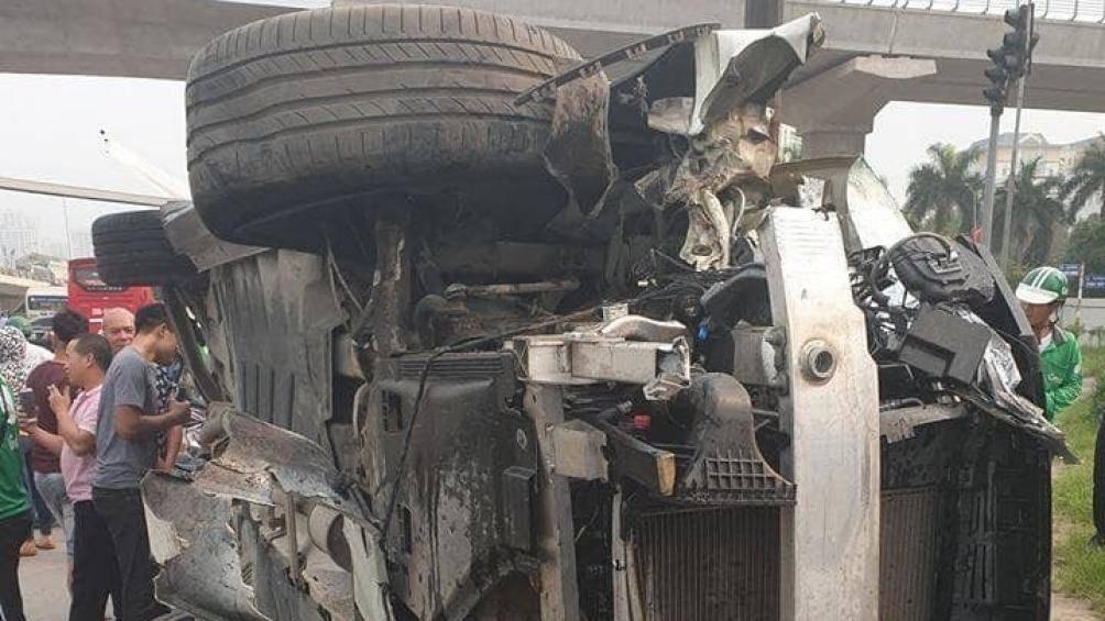 Nữ tài xế xe Mercedes gây tai nạn liên hoàn ở Cầu Giấy đối mặt với mức phạt nào? - Ảnh 3