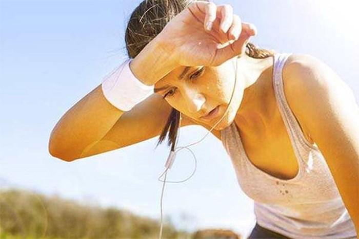 Nước dừa giàu kali cùng nhiều khoáng chất, vitamin nên giúp cân bằng điện giải và nhanh chóng bổ sung năng lượng cho cơ thể