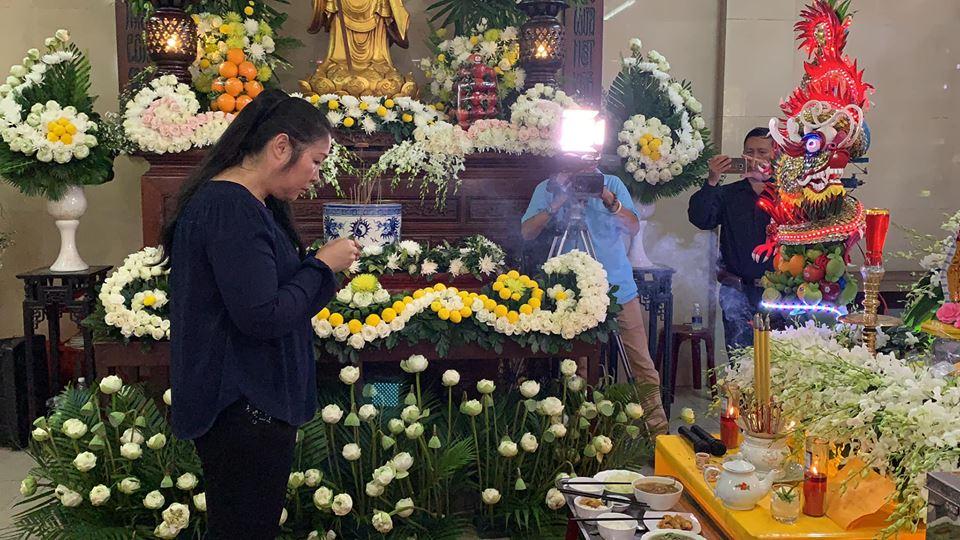 """Tiễn Anh Vũ về đất mẹ Minh Nhí chỉ nói 1 câu cả hội trường """"chết lặng"""" - Ảnh 3"""