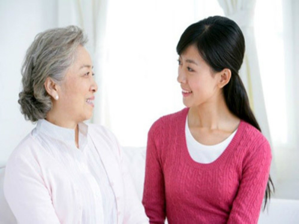 Để ra mắt nhà chồng tương lai nhân dịp Tết đến xuân về được trơn tru, bạn nên tránh những hành động không đáng có này - Ảnh 1