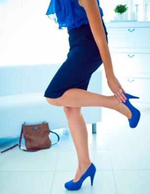 Không nên mang giày cao gót thường xuyên