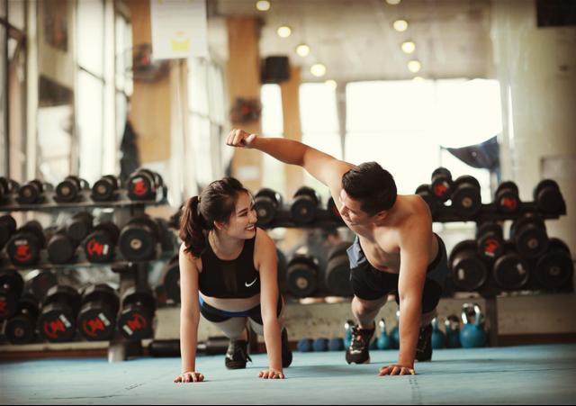 """Lý giải vì sao phụ nữ tập thể thao thường xuyên sẽ """"yêu"""" giỏi"""