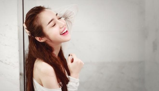 Phụ nữ hãy sống vui vẻ thoải mái theo ý mình, bỏ ngoài tai những điều châm chọc không đáng
