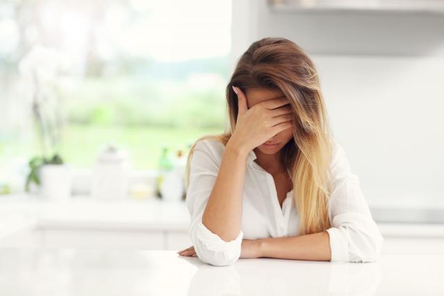 Nếu bạn là người bị nhận lời chia tay thì hãy thật bình tĩnh, không nên uy hiếp đối phương