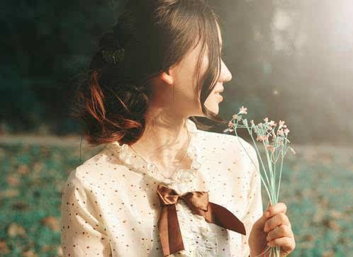 Là phụ nữ, bạn phải biết sống càng yên tĩnh bạn sẽ càng được hạnh phúc - Ảnh 5