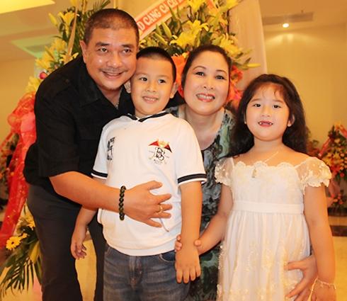 Gia đình hạnh phúc của