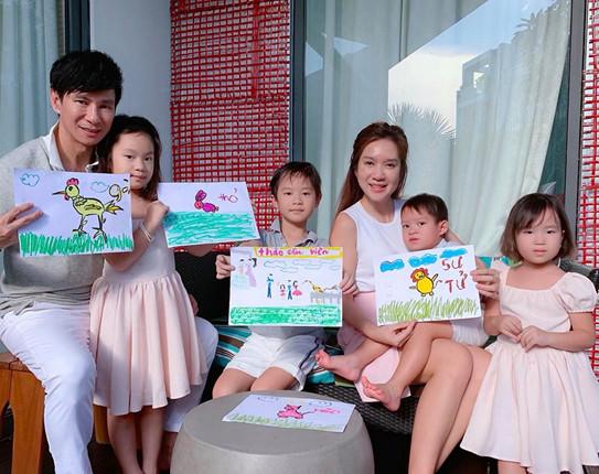 """Ngoài Đông Nhi - Ông Cao Thắng, showbiz vẫn còn nhiều cặp đôi """"yêu càng lâu càng đậm sâu"""" khiến dân tình ngưỡng mộ - Ảnh 28"""