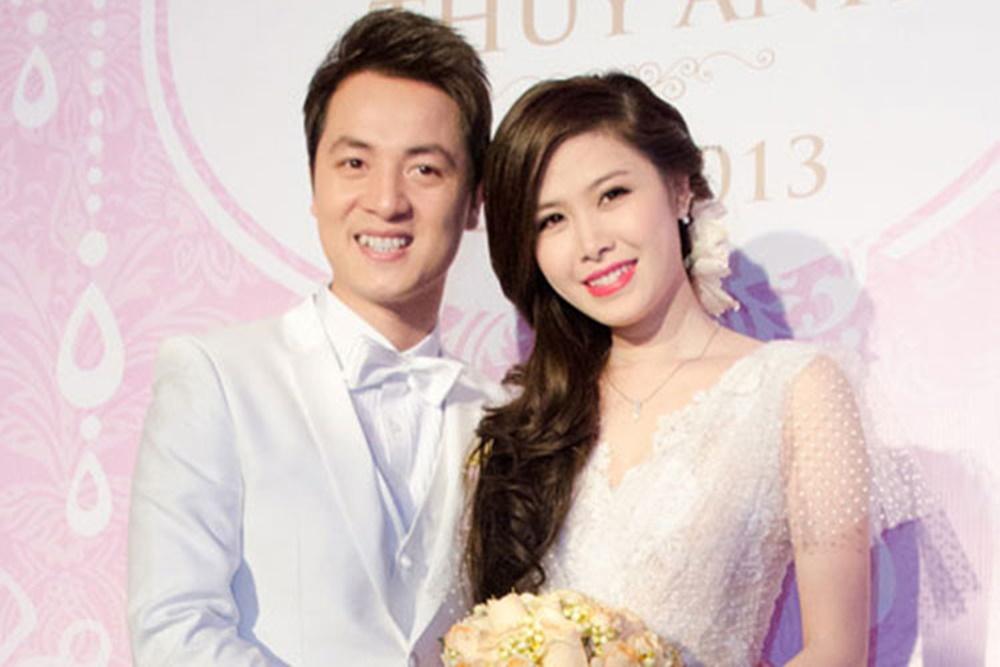 tháng 11/2009, Đăng Khôi - Thủy Anh chính thức gắn kết cuộc đời bằng tờ giấy đăng ký kết hôn