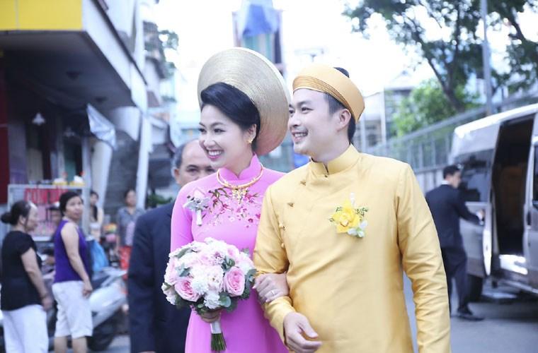 Cuối năm 2014, Lê Khánh và ông xã Tuấn Khải tổ chức đám cưới