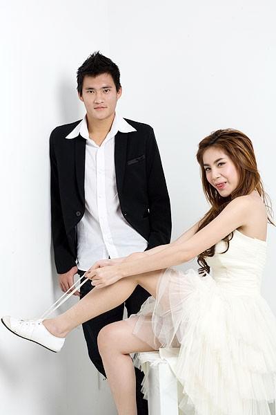 """Ngoài Đông Nhi - Ông Cao Thắng, showbiz vẫn còn nhiều cặp đôi """"yêu càng lâu càng đậm sâu"""" khiến dân tình ngưỡng mộ - Ảnh 7"""