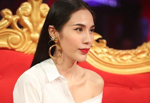 Thủy Tiên từng chia sẻ với báo chí về mối tình cũ của mình với ca sĩ ưng Hoàng Phúc