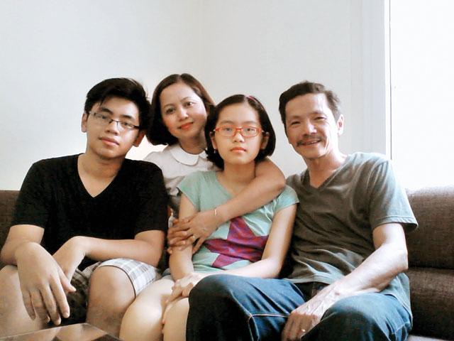 Gia đình hạnh phúc của người đàn ông khắc khổ trong phim