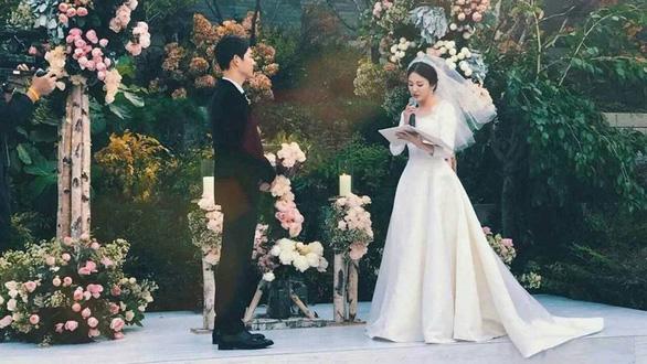 Song - Song ly hôn, Lý Thần - Phạm Băng Băng chia tay cùng một ngày: Ngôn tình mấy rồi cũng thành dĩ vãng  - Ảnh 2