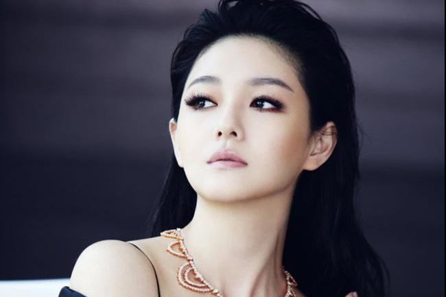 Nhiều cô gái yêu thích Từ Hy Viên vì cô là hình mẫu lý tưởng của họ