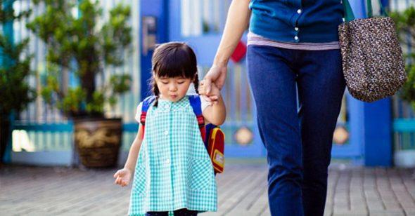 Giúp trẻ vui đến trường sau Tết, đây là điều cha mẹ nên làm với con theo từng độ tuổi - Ảnh 1