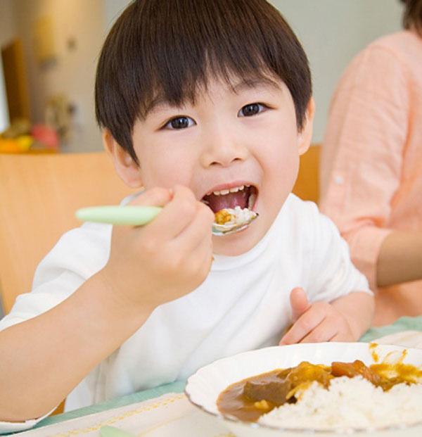 Những loại thực phẩm lành mạnh cho bữa sáng của trẻ - Ảnh 4