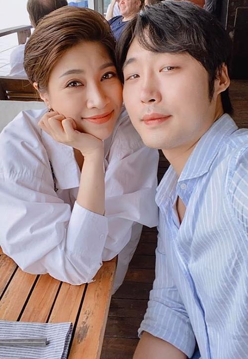 Pha Lê yêu trai trẻ người Hàn Quốc - Ảnh 1