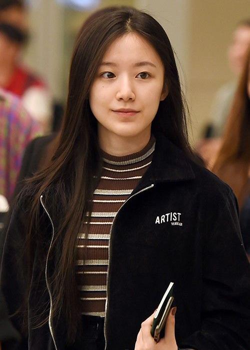 3 idol chăm khoe mặt mộc 'đẹp không cần son phấn' - Ảnh 5