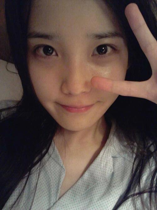 3 idol chăm khoe mặt mộc 'đẹp không cần son phấn' - Ảnh 6