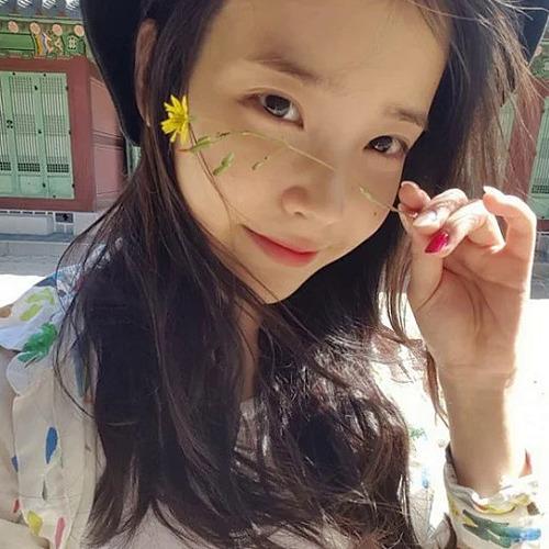 3 idol chăm khoe mặt mộc 'đẹp không cần son phấn' - Ảnh 7