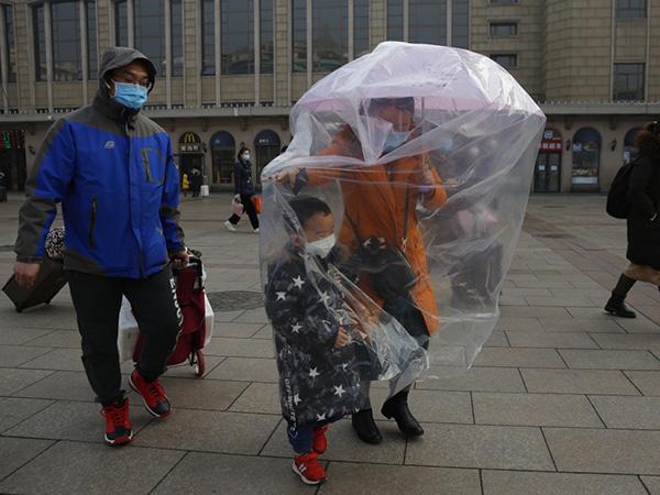 Trung Quốc tuyên bố bắt đầu kiểm soát được dịch Corona - Ảnh 1