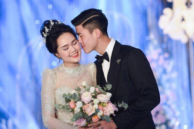 Hội gái nhà giàu lấy chồng cầu thủ: Không phải làm dâu, cưới nhiều năm vẫn ở nhà mẹ đẻ - Ảnh 1