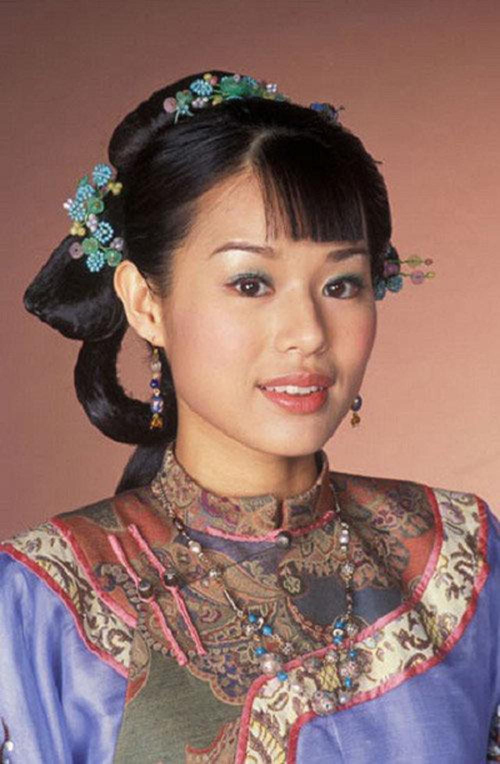 Nhìn lại nhan sắc những nữ thần phim TVB khiến nhiều người say đắm thập niên 90 - Ảnh 3