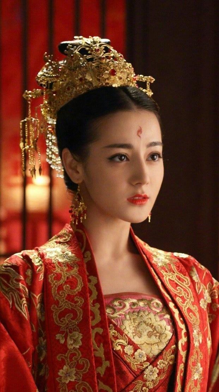 Trong dàn mỹ nhân Hoa ngữ ai mới là tân nương cổ trang diện hỷ phục đẹp nhất? - Ảnh 19
