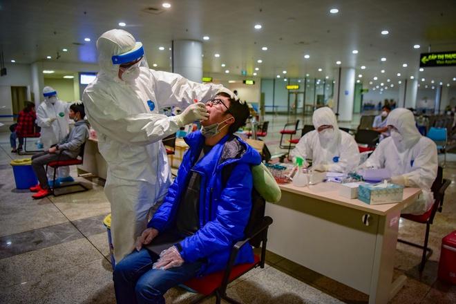 Bộ Y tế công bố 10 bệnh nhân mới mắc Covid-19, cả nước có 163 ca - Ảnh 1