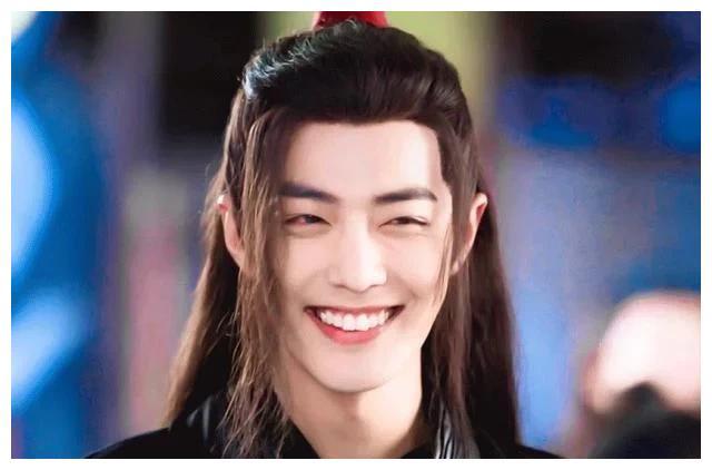 Sao nam Hoa ngữ khi cười: Bộ đôi nam thần Tiêu Chiến, Vương Nhất Bác khiến fan 'ngất xỉu' vì quá đáng yêu - Ảnh 1
