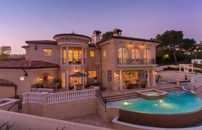 Có gì trong những ngôi nhà 100 triệu USD trên khắp thế giới? - Ảnh 8