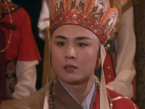 nhan-sac-the-he-vang-cua-showbiz-hoa-ngu-nguyen-dan-tieu-sinh-moi-cung-khong-the-sanh-bang-4