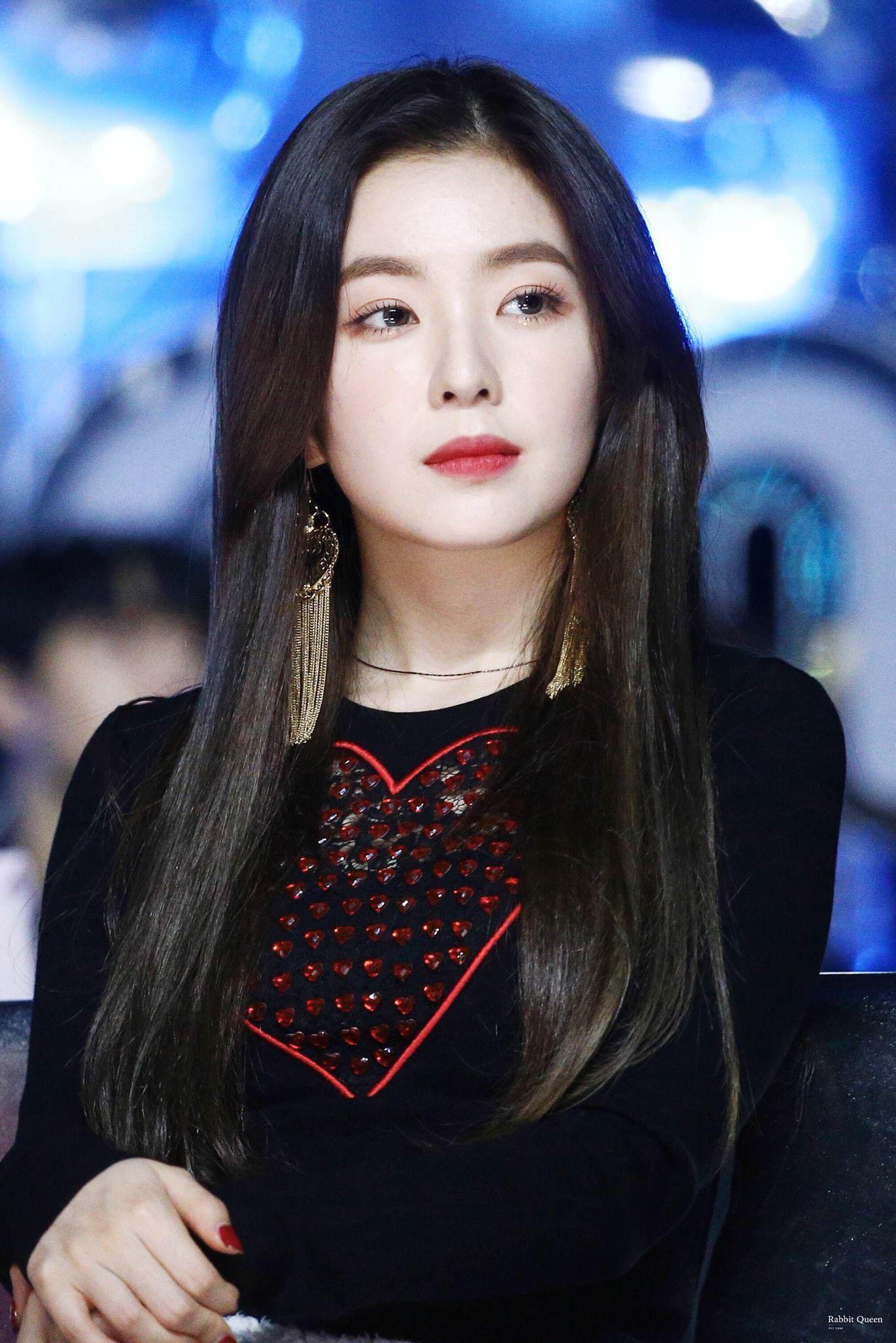 Gương mặt lạnh lùng của Irene