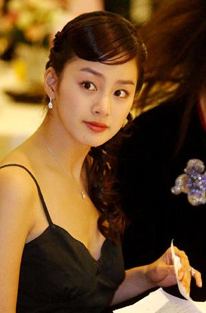 Kim Tae Hee từng khiến nhiều người xốn xang vì nhan sắc quá đỗi ngọt ngào