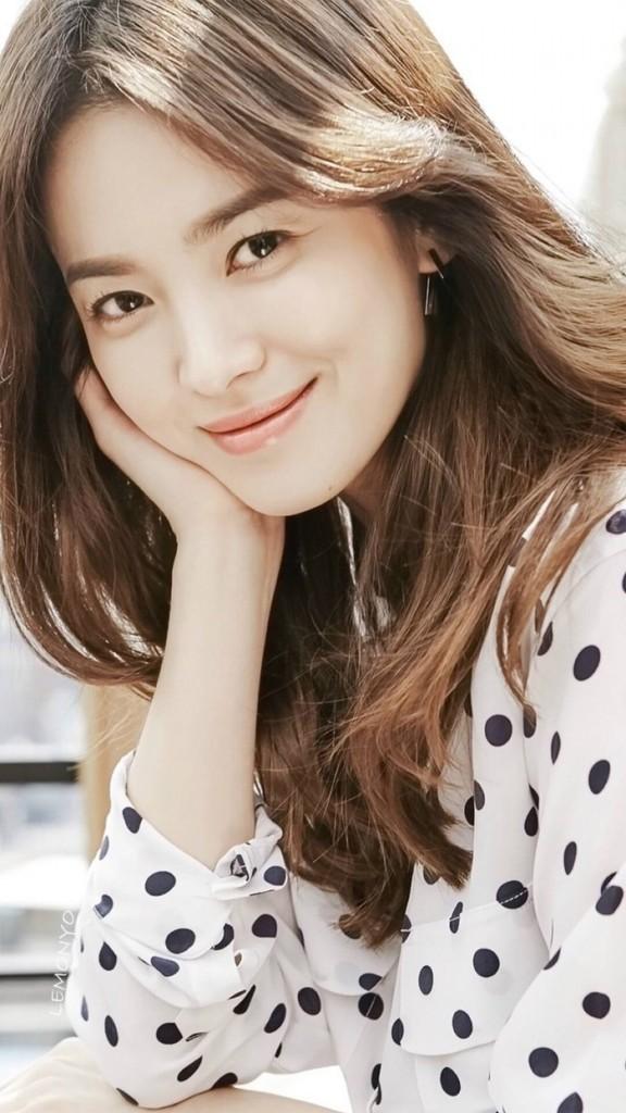 Song Hye Kyo và Kim Tae Hee là hai nàng ngọc nữ rất thành công của làng giải trí