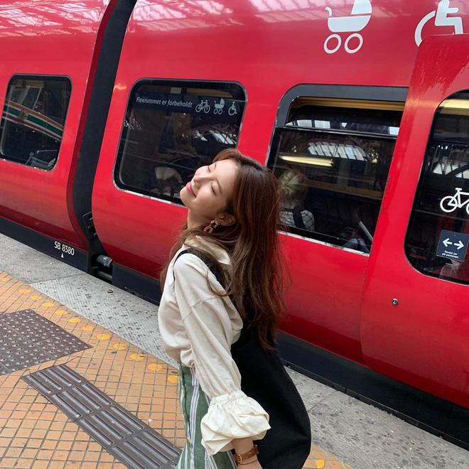 Nhìn Suzy vui vẻ thế này có lẽ cô nên rời JYP sớm hơn