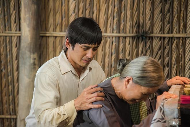 NSND Kim Xuân: Trước khi đạt danh hiệu cao quý, cùng điểm qua những vai diễn người mẹ để đời của nữ nghệ sĩ - Ảnh 14