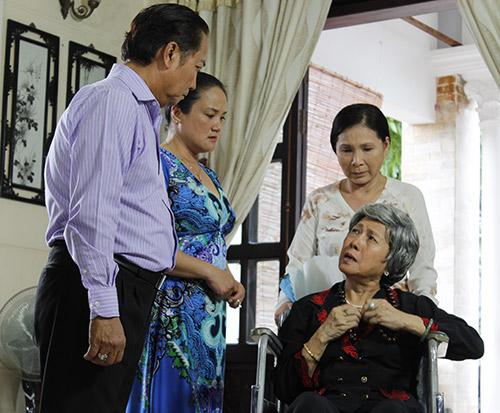 NSND Kim Xuân: Trước khi đạt danh hiệu cao quý, cùng điểm qua những vai diễn người mẹ để đời của nữ nghệ sĩ - Ảnh 7